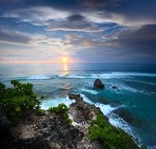Bali Coast & Indian Ocean
