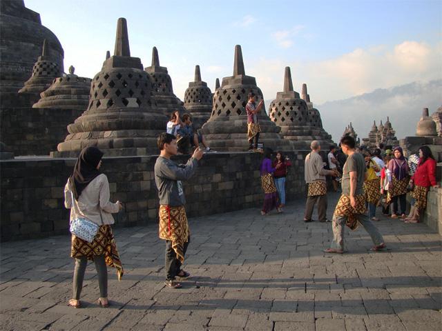 Jogjakarta - Merapi Tour- Solo Hot Deals Photos