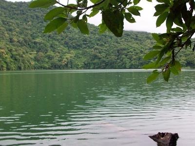 Bulusan Volcano National Park - Lake