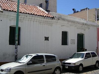 Casa De Esteban De Luca