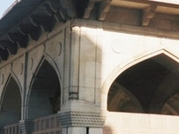 Chausath Khamba