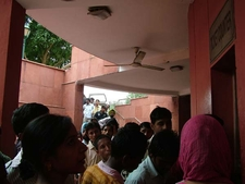 Visitors Wanting To See Red Fort