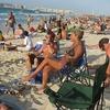 Dubai - Beach Crowd