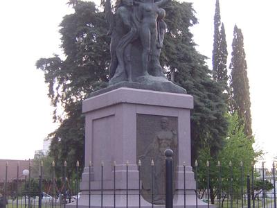 Statue In Plaza Alsina
