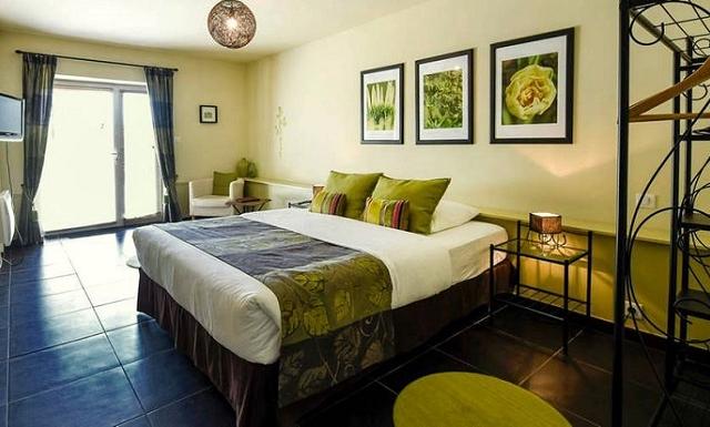 Stay 6 Pay 5 - Bleu Raisin Hotel, Les Salles-de-Castillon Photos