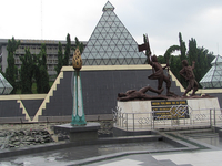 Heroes Monument
