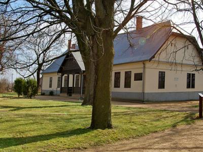 Lukács- House