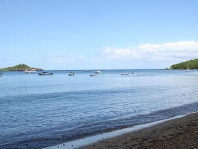 Malendure Beach And The Pigeon Islets