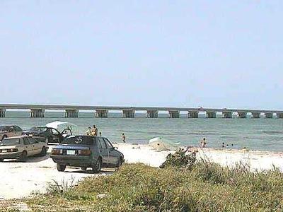 Puente De La Unidad En La Isla Del Carmen
