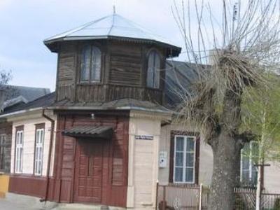 Rabinowka-Building-of-Rabbi-Poland