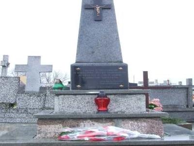 Sailors' Monument