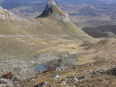 Stozina Valovito Jezero