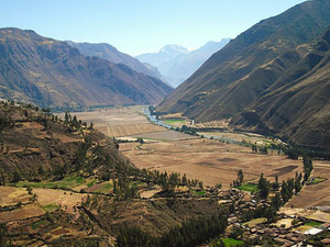 Sacred Valley, Pisac and Ollantaytambo Full-Day Tour from Cusco Photos