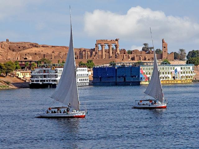 Cairo Pyramids & Nile Cruise Budget Tour Photos