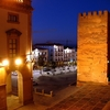 Vista Nocturna De La Plaza Mayor De Cáceres
