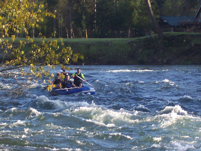 Santiam River Whitewater Rafting Photos