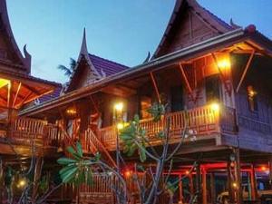 Riverside Traditional Thai house