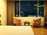 Lucky Hotel 142