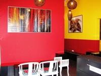 Moni Gallery Hostel
