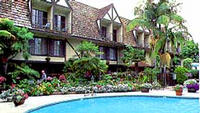 Clarion Carriage House Inn Del