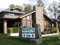 Majestic Mountain Inn
