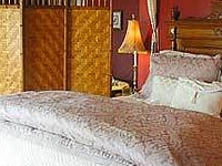 The English Inn Bed And Breakfast