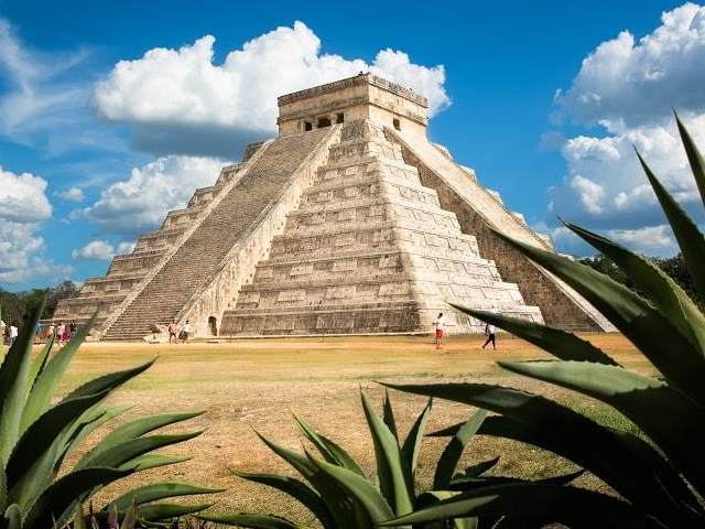 Chichen Itza a World Wonder Photos
