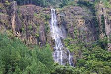 Bambarakanda Falls 1024x683