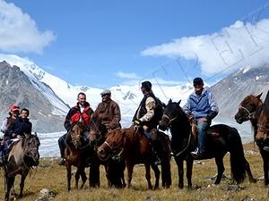 Western Mongolia Horseback Riding Tour