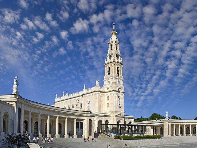 Fatima Batalha Nazaré and Obidos Tour Photos