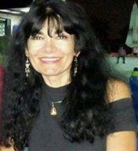 Liliana Comandè