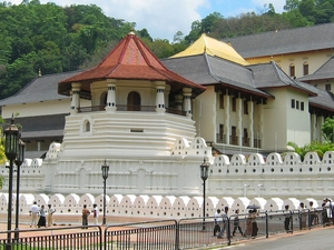 Relaxation and cultural tour at Kandy
