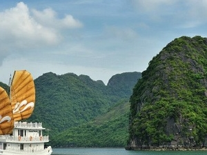 Halong Bay Full-Day Tour Cruise from Hanoi Photos