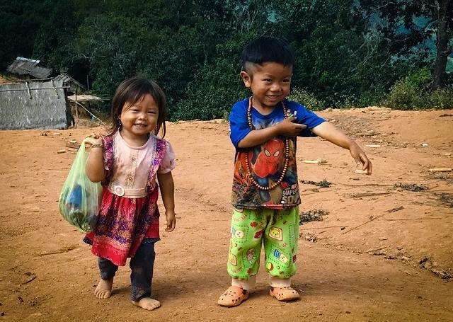 Full Day Trekking to Hmong Village and Kuang Si Waterfalls Photos