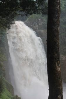 Spectacular Narok Falls...