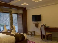 Manali 3 Night 4 Days Monsoon Package With Rioso Spa And Resort In Just Rs. 16500/- Per Couple (1st July To 31st July )