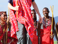 15 Day Tanzania Meet The People : Big5, Tribes, Zanzibar