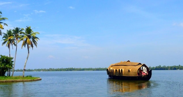 Promenade Munnar & Alleppey Photos