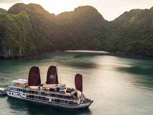 Halong Orchid Cruises & Vietnam Tonkin Travel Fotos