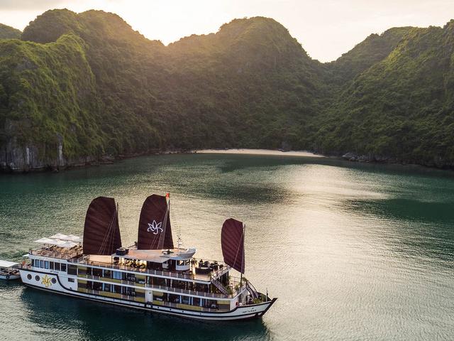 Halong Orchid Cruises & Vietnam Tonkin Travel Photos