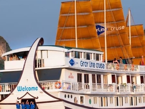 Gray Line Cruise - The Harmony Of Culture And Nature Photos