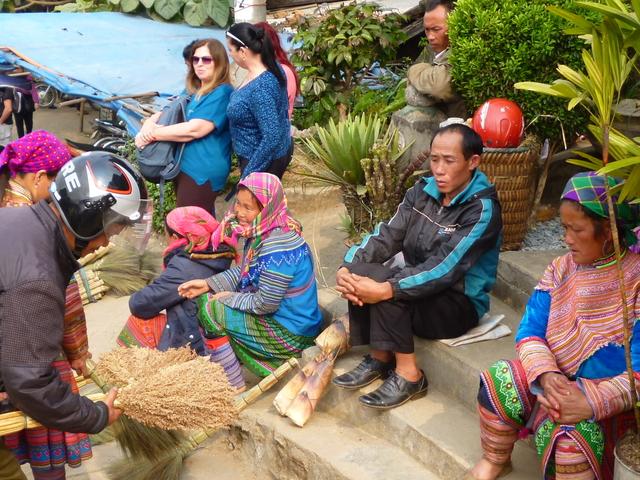 Bac Ha Colorful Sunday Market/SPBH1E Photos