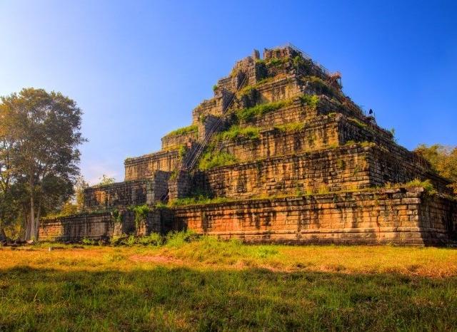 Preah Vihear, Koh Ker & Beng Mealea Photos