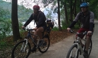 5-Day Yangshuo Family Adventure: Biking, Caving, River Cruise and Cooking Class Photos