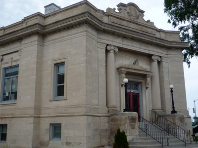 Marinette  Library