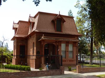 Porterville   Zalud House