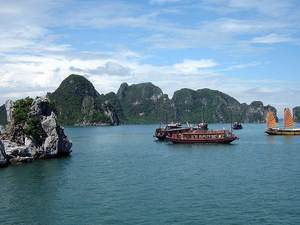 Big Promotion for Booking Tours Hanoi - Halong - City Tours Photos