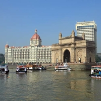 Gate Of India With Taj Mahal Hotel