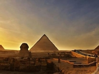Tour to Giza Pyramids and the National Museum