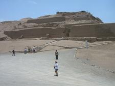 Templo El Sol En Pachacamac-Lima